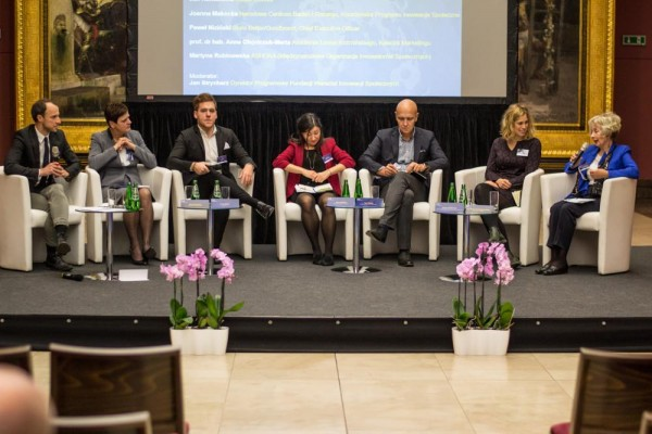 Konferencja w Sukiennicach w Krakowie